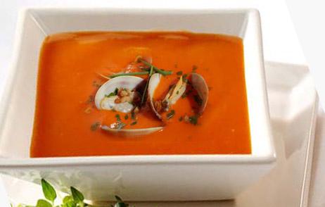 tomatsuppe med muslinger